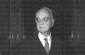 Costantino Mortati, personaggi calabresi