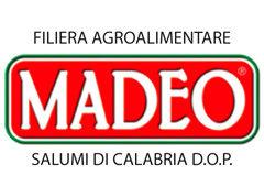 Madeo, industria alimentare specializzata nella produzione di Salumi D.O.P. e valorizzazione della razza autoctona di Suino Nero di Calabria.
