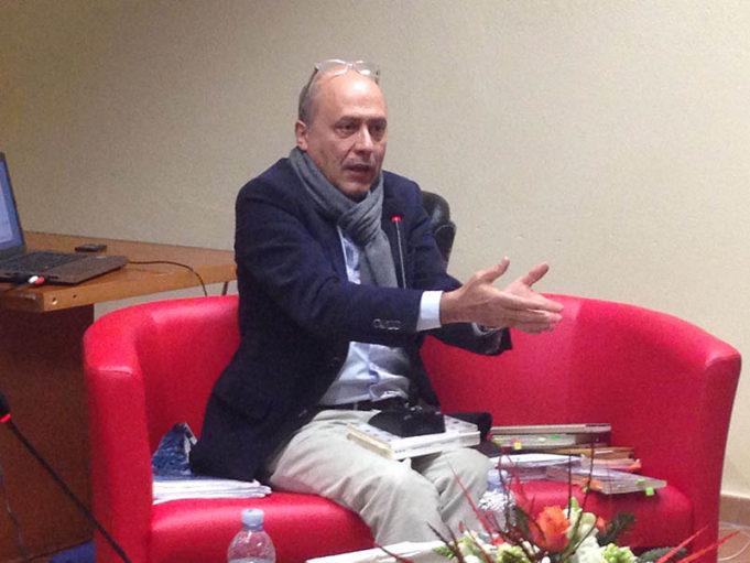 Francesco Bevilacqua durante la presentazione di Cardinale