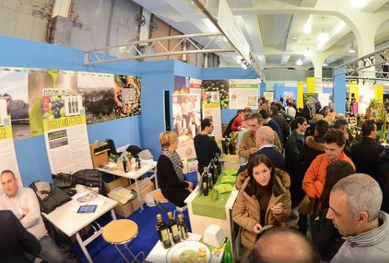 """La Regione Calabria da sabato 3 a martedì 6 marzo, sarà presente alla dodicesima edizione di """"Olio Capitale"""" Trieste, la più importante fiera internazionale di olio."""