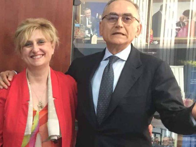 Prefetto Vincenzo Panico e preside M.Rosaria Russo