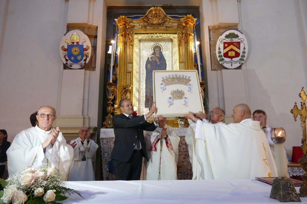 Momenti del gemellaggio tra i Santuari di Capocolonna e Czestochowa