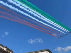 Frecce tricolori nei cieli di Catanzaro